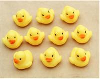 Bambino bagno d'acqua giocattoli giocattolo Suoni Mini gomma gialla anatre bambini Fare il bagno dei bambini di nuoto Beach Articoli da regalo