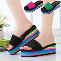 Zapatillas de tacón de las nuevas de la manera de las sandalias de los deslizadores Arco iris No-Resbalón grueso Soled EVA Plata femenina Wedge Mujeres Zapatillas Verano 2016 Zapatillas de playa