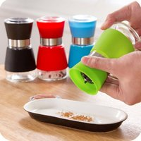 Wholesale Ceramic core Glass silicone Pepper set Salt Herb Spice Hand Grinder Mill manual pepper mill High Quality