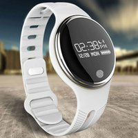 Intelligent bracelet E07 gratuitement DHL IP67 étanche Natation Bluetooth 4.0 podomètre Sport intelligent Wristband Fitness Tracker Anti-Perdu