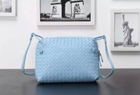Wholesale Lady Fashion Knitting sheepskin Messenger Bag ZIP Woven Leather Cross Body Bag