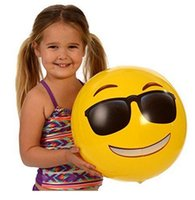 Wholesale 12 inches Emoji PVC Inflatable Beach Balls Inflatable Ball Pool Outdoor Play Beach Toys