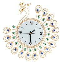 Wholesale Luxurious pieces of Shining Rhinestiones Golden Peacock Large Metal Wall Clocks Living Room Mute Silent watch modern decoration Clock
