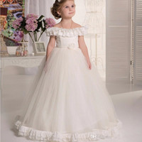 beauty hands beautiful - 2016 ivory lace flower girl dress beauty dance The lower side of the beautiful design and collar design beautiful princess dress PROM dress
