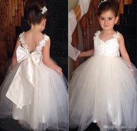 Wholesale Vintage Lace Flower Girl Dresses Bow Spaghetti Straps Applique Tulle Corset Backless Birthday Christmas Girls Dress Special Occasion