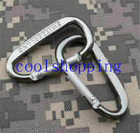 Wholesale DHL Freeshipping Aluminum Alloy D Shape Climbing Carabiner Screw Lock Bottle Hook Buckle Hanging Padlock Keychain Camping Hiking
