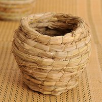 Wholesale New Style Handmade Straw Natural Nest Hamsters Bird Nest Parrot Warm Hut Pet Bedroom The Courtyard Bird Cages