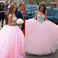 Wholesale Pink quinceanera dresses sweetheart prom dress ball gown beaded sequins backless debutante dresses floor length tulle quinceanera gowns