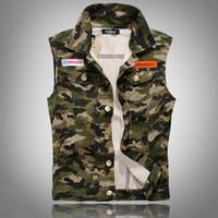 Wholesale Fall Men Camouflage Denim Vest New Sleeveless Camo Print Jean Jackets Badges Embellished