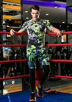 active camo - 2016 Camo Personality fashionable and breathable green elastic pants short sleeve youthful designs tracksuit for Men