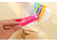 Wholesale Korean version of the creative home kitchen food clip bag sealing clip with date sealer CM