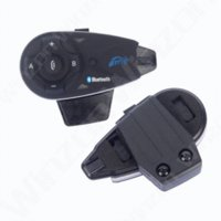 Wholesale 2 V5 Helmet BT Interphone Riders Motorcycle Accessories M Bluetooth intercom headset FM Headphone