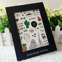 Envío libre 12 clases mezcladas atractivo diseño personalizado impermeable extraíble Hawaii brazo de piel adhesiva Flores regalo mágico etiquetas engomadas del tatuaje