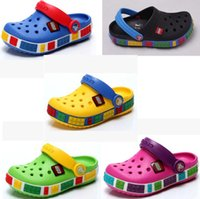 Wholesale Hot hot style children is cool high LEGO hole hole between men and women beach slippers