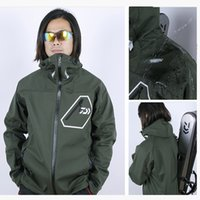 Wholesale Dalwa completely waterproof sharkskin fabric plus thick velvet warm autumn and winter fishing clothes hunting tactical jacket