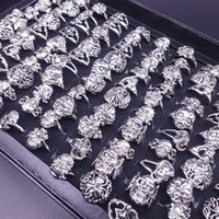 Wholesale 2016 vintage fashion accessories The ancient silver skull ring shape Gothic punk skull ring ring religious statements ring antique jewelry