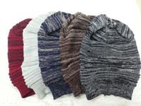 Precio de Cráneo del sombrero del esquí-5 colores 2016 nuevos sombreros de la llegada del bebé señoras de la manera unisex de invierno de punto de complicar Slouch sombrero del casquillo hecho punto del cráneo Gorros ocasional de esquí envío gratuito