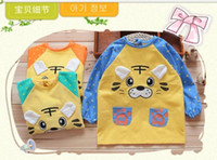 autumn drinks - waterproof baby feeding overclothes o neck long sleeve painting eating drinking playing apron waterproof PUL design1pc
