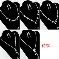 acting classes - The new Korean fashion show pearl necklace import a class diamond chain earrings A bride deserve to act the role of party decorations