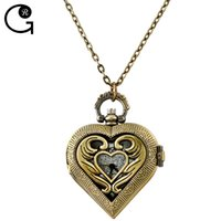 Wholesale GR Vine Jewelry Unique Antique Hollow Out Flower Pattern Heart Pocket Watch With Gift Box