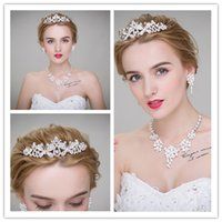 antique style wedding dress - 2017 New Style Tiaras Crowns Wedding Hair Jewelry neceklace earring Cheap Fashion Girls Evening Prom Party Dresses Accessories