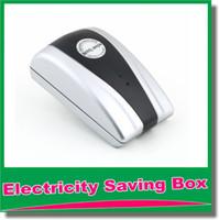 Wholesale Hot Sale High Quality Power Energy Electricity Saving Box Saver Plug Device Voltage KW V V Energy Saver US EU UK Plug OM CG7