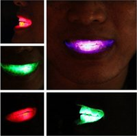 Wholesale LED Flash Teeth Luminous Led Teeth Braces Tooth Socket Led Mouth Flashing Teeth Mouth Toy Fashion Halloween Teeth Gifts Crafts