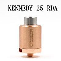 Cobre vaporizador mod Baratos-Alta calidad vaporizador KENNEDY 25 RDA atomizadores 25 mm Diámetro SS Negro de latón de cobre rojo PEEK aislante E Cigs Fit Box 510 Mod