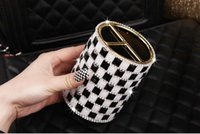 Wholesale Creative fashion office supplies diamond rhinestone crystal pen holder personalized multi functional pen holder creative gifts