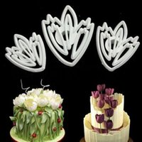 achat en gros de coupe de conception de moules-1 Set / 3 PCS Nouveau Design Flower Cookie Décoration de biscuit de fleur de tulle de décoration de plongeur Cutter DIY Mould Set Tool Free Shipping