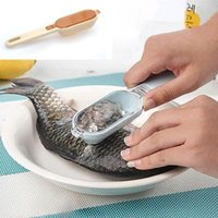 Wholesale Kitchen Tool Fast Cleaning Fish Skin Scales Scaler Brush Remover Peeler A2910