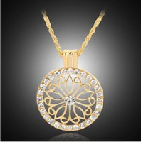 Wholesale Hot sale Elegant and generous fashion thread empty circular petals diamond necklace female models clavicle chain