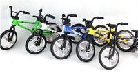 Wholesale EMs New Hot Alloy Finger Bikes Strange New Desktop Toys Flick Trix Finger Bike jy832