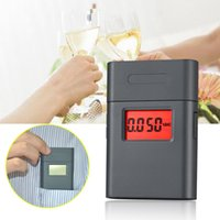Wholesale hot new design mini digital alcohol meter with degree rotating mouthpiece dual display alcohol breath tester AT