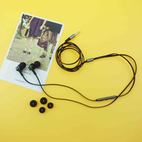 Wholesale 100 Original Better U09 Super Stereo Earphones Piston In Ear With Mic Universal For Iphone Samsung video game