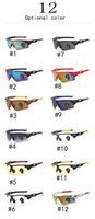 Wholesale Hot style men and women with the sunglasses UV400 resistance level outdoor sports explosion proof cycling run cool sunglasses