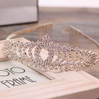 Wholesale New Stunning Crystals Bridal Tiaras Crowns Wedding Jewelry Girls Evening Prom Homecoming Party Shining Tiaras Hair Accessories Cheap