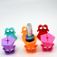 Wholesale 2016 New Silicone Finger Ring Wearable Nail Polish Bottle Holder With Ring