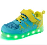 b wheel - Kids Sneakers Lights Girls Sports Shoes Boys Fashion Sneakers With Wheels Led Shoes Boys Girls Casual Walking Leisure Shoes Running