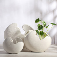 Wholesale Creative fashion vase Biscuit fired vase Home Furnishing white porcelain crafts table vase modern type factory