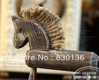 Livraison gratuite Le rétro log bois rond décoration ornement Fu Shide bois décoration de chevaux / cadeaux de vacances Maison Décoration Artisanat