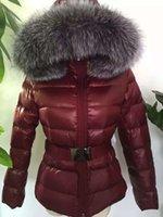 achat en gros de xs vestes femmes-M43 femmes marque veste hiver manteau épaississement femmes vêtements véritable épais fourrure de renard col capuche veste