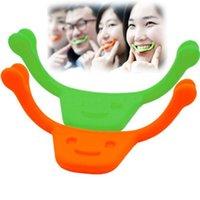 Wholesale New Design Smile Brace Maker Random Color Personal Smile Beauty Exerciser Mouth shape Training Brace Smiling Beauty Care