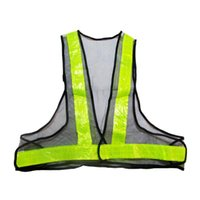 Wholesale classic style High Quality Reflective Vest Warning V Shaped Reflective Safety Vest GREEN Work Wear Uniforms Clothing