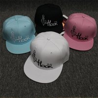 baseball cap hooks - Fashion women s summer skull hook logo bone female solid black baseball hip hop cap women streetwear aba reta snapback caps men