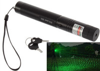 Wholesale 1PC Powerful Rechargeable Battery303 Cheap Green Laser Pointer Pen Adjustable Focus Military Twinkling Star With Safety Key Lazer Flashlight
