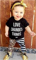 Wholesale INS Hot Selling European Style Fashion Baby Girl Letter Print T shirt With Lepoard Leggings Casual Suits