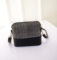 Wholesale New summer retro shoulder bag package small handbags plaid shell small bag Korean wave Women messenger bags