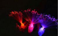 al por mayor lámparas de pavo real-50PCS / lot el juguete luminoso de la lámpara Led dedo brillante del pavo real de 3 colores mezclados con la batería al por mayor de los apoyos de la alegría