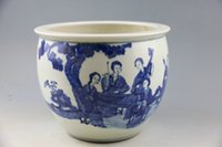 ancient ming dynasty - China s Ming dynasty blue and white cylinder Painted with patterns of the character The ancient porcelain and old goods Chinese art collecti